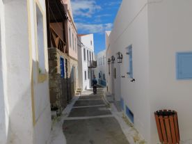 Nikia village lane